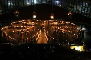 candlelighting of 4-H clover
